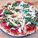 Pizza bresaola, rucola e grana